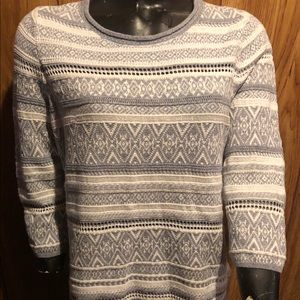 CHICO'S mid Sleeve Sweater